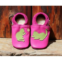 Chaussons chat fuschia/vert pomme